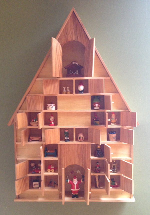 20-enchanting-handmade-christmas-advent-calendar-ideas-16